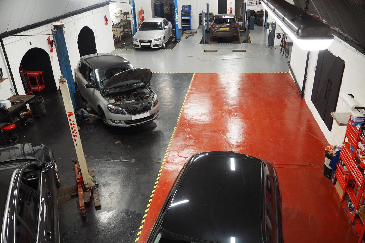 Duffy Motors - MOT & Car Servicing in Central Manchester